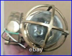 Large Vintage Oceanic Cast Brass passageway or bulkhead Sconce Light -US SELLER