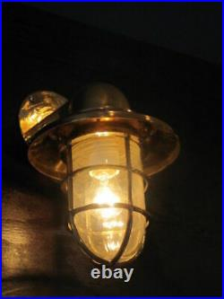 Outdoor Nautical Vintage Style Bulkhead Wall Sconce Light Made Of Brass New