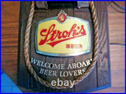 VINTAGE STROH'S 1970's NAVIGATION BEER SIGNS RED & GREEN LIGHTED NAUTICAL PAIR