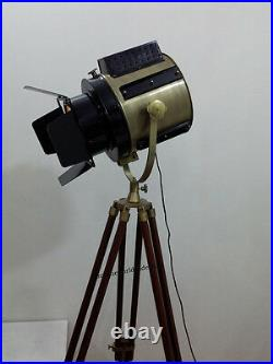Vintage Industrial Designer Antique Nautical Spot Light Tripod Floor Lamp Decor
