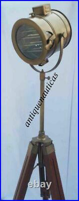 Vintage Industrial Style Movie Spot Light Floor Standing Tripod Lamp Collectible