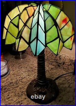 Vintage Tiffany Style Green Stained Leaded Glass Palm Tree Lamp 20 EUC