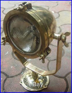 Vintage marine brass ship medium size spot light one piece in good condition